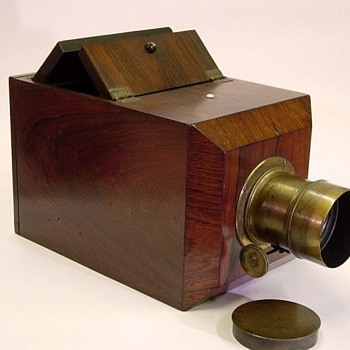 Half Plate American Chamfered Box Daguerreotype Camera c. 1850