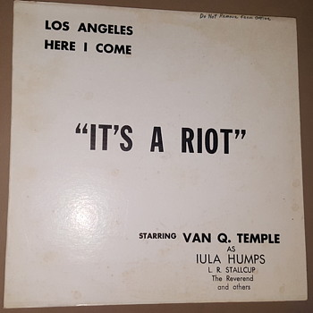 """It's A Riot"" Los Angeles Here I Come - Van Q. Temple - Private Press - Iula Humps LP"