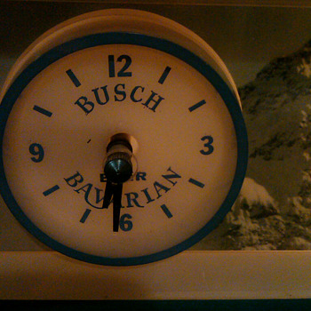 Busch Beer old lighted clock - Breweriana