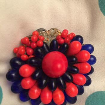 Brooch red and blue by  Louis Rousselet - Costume Jewelry
