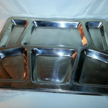 NAVY - MILITARY STAINLESS STEEL FOOD TRAYS - Military and Wartime