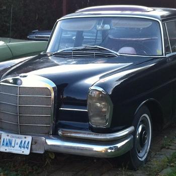 Black Mercedes Benz. - Classic Cars