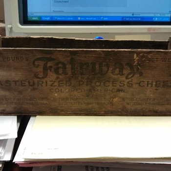fairway brand antique cheese box - Advertising
