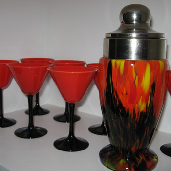 Czechoslovakia Glass cocktail shaker with aventurine and tango cocktail glasses - Art Glass