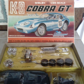 K&B 1/25 cobra gt kit - Model Cars