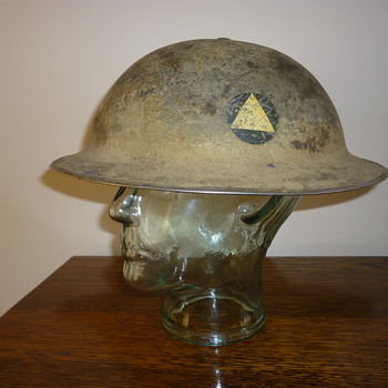 British WWII 1st Division Officers steel helmet.