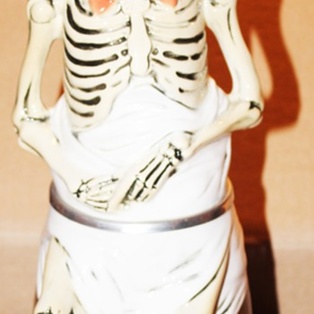 Albert Stahl Lidded skeleton Stein Germany, not numbered - Breweriana