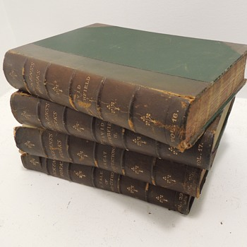Looking for help from book collectors!  DICKENS'S WORKS - LONDON CHAPMAN & HALL: 1889 - Books