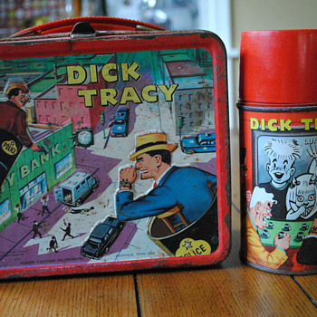 1967 Dick Tracy Lunch Box by Aladdin