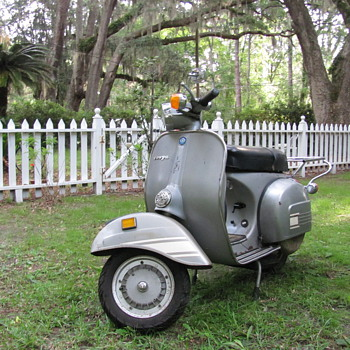My 1978 Rally 200 Vespa - Motorcycles
