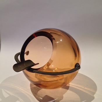 Mid Century (?) spherical amber glass ashtray - Tobacciana