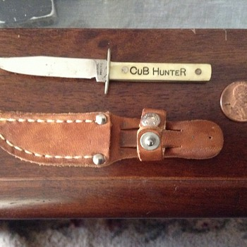 Miniature Hunting Knife - Cub Hunter  - Tools and Hardware