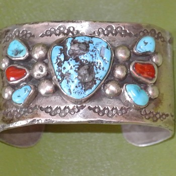 1800's Pre-Harvey / Railroad  NAVAJO CUFF Fine Silver 120 grams!
