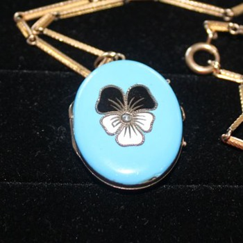 Gorgeous Turquoise Pansy Enamel Locket