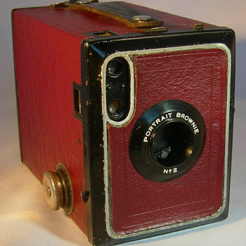 No 2 Portrait Brownie - Cameras