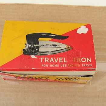 Hylite travel iron - Mid Century Modern