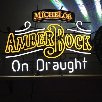 Old bar neon sign