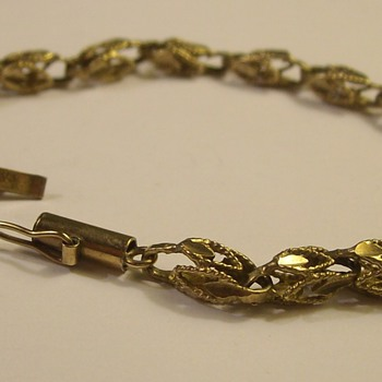 "Very Old ""Tulip Link"" 14k Bracelet"