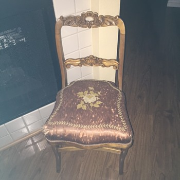 Pretty Little Pair of Chairs - Furniture