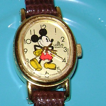 Mickey Mouse Ladies Watch - Wristwatches