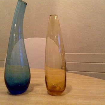 2*one flower vases - Glassware