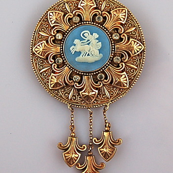 Old Wedgwood Brooch - Fine Jewelry