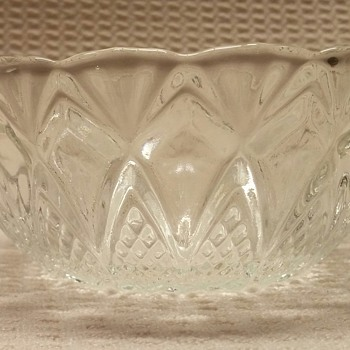 "Unkown Maker 5"" Crystal Bowl"