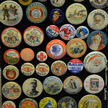 The collection of pinbacks I acquired.  Anything interesting? - Advertising