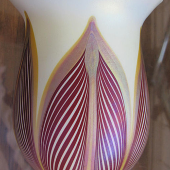 QUEZAL ART GLASS SHADE VASE, circa 1919