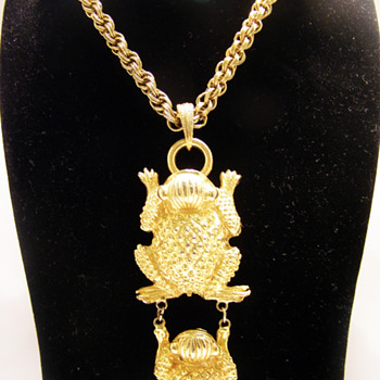 Vintage Pauline Rader Mayan Frogs Necklace - Costume Jewelry