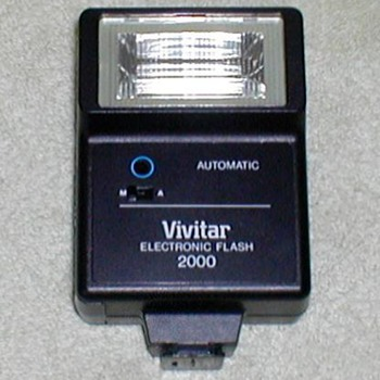 Vivitar 2000 Electronic Flash Unit - Cameras