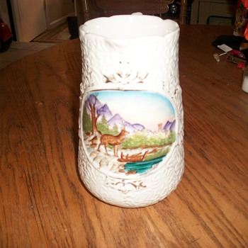 Nicely painted scene - Art Pottery