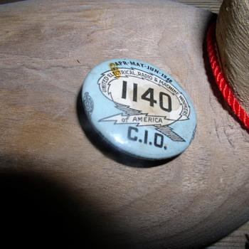 1140 button 1946