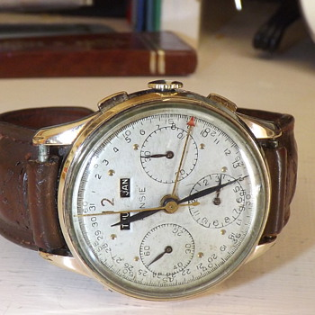 VINTAGE CHRONOGRAPH - Wristwatches