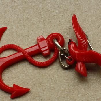 Red anchor and bird brooch - Costume Jewelry