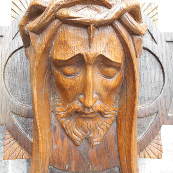 Beautiful Vintage French Art Deco Wood Sculpture of Jesus - Visual Art