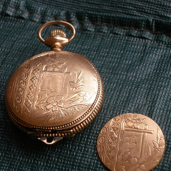 Detailed Waltham Pocket Watch - Pocket Watches