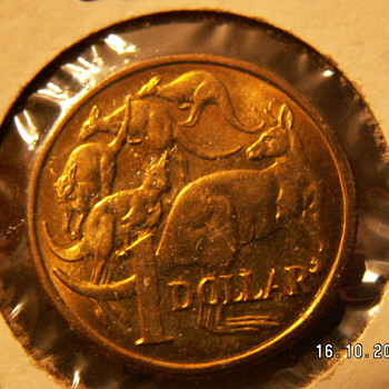 1984 Australia $1 Coin - World Coins