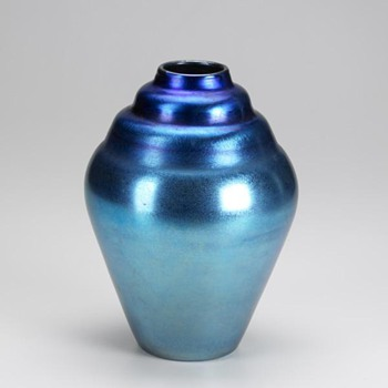 Durand Blue Beehive Vase c. 1925 - Art Glass