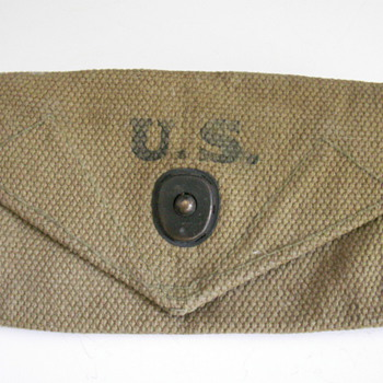 1940 Military Pouch - Military and Wartime