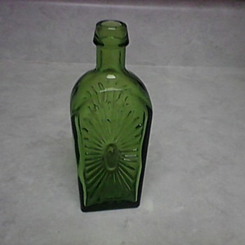 WHEATON STAR BURST GREEN  - Bottles