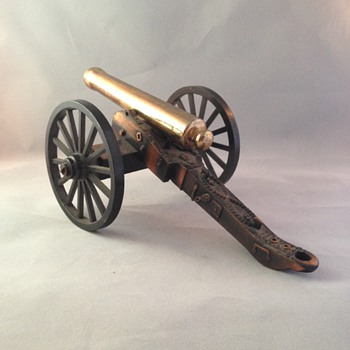 Miniature Replica Cannon - Military and Wartime
