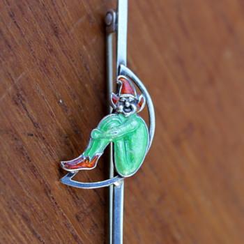 Bernard Instone Pixie pin