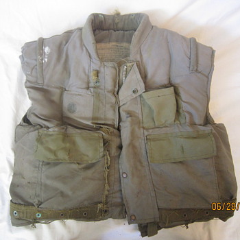 Rare Vietnam War US Marine M-1955 Fragmentation Flak Jacket Vest with Duron Plates