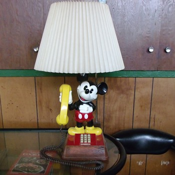 Braggin Rights...... My Birthday Present.... Mickey Mouse Telephone/Desklamp Combo