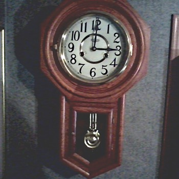 D & E 31 Day Regulator Wall Clock / Hour Chime with Half Hour Strike / Circa 1970-80