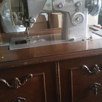 Kenmore sewing machine in cabinet model 117.305