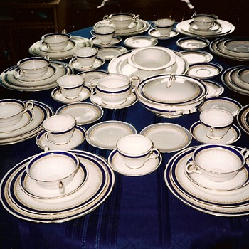 Shelley China 12960 - China and Dinnerware