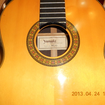 Yamaki classical guitar GC25