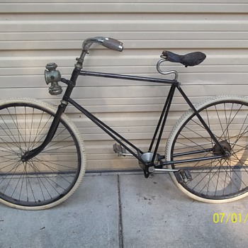 Antique makerless chainless bicycle